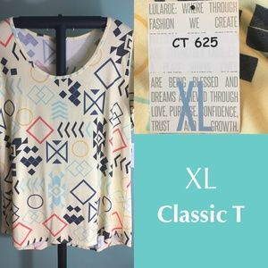LuLaRoe Classic T shirt - XL